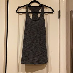 Lululemon relaxed fit tank size 8
